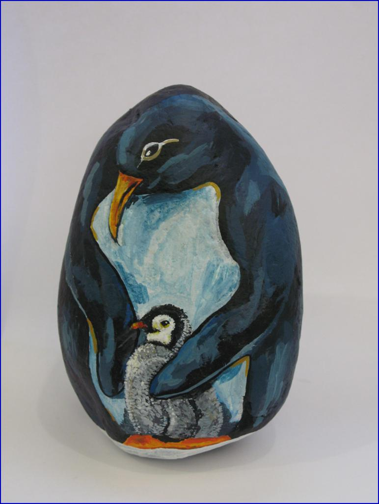 Mother penguin  --  Mama Pinguino